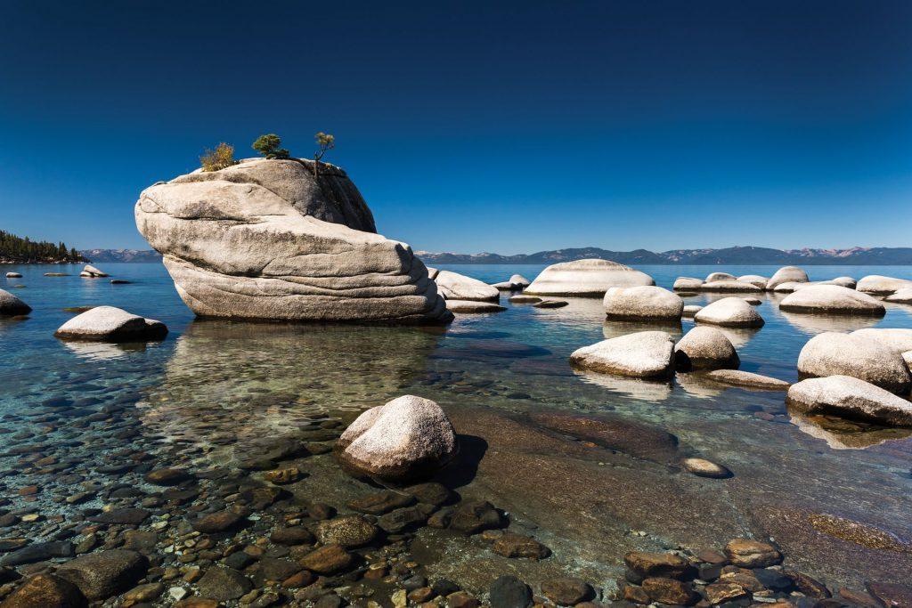 lake tahoe natural sculpture