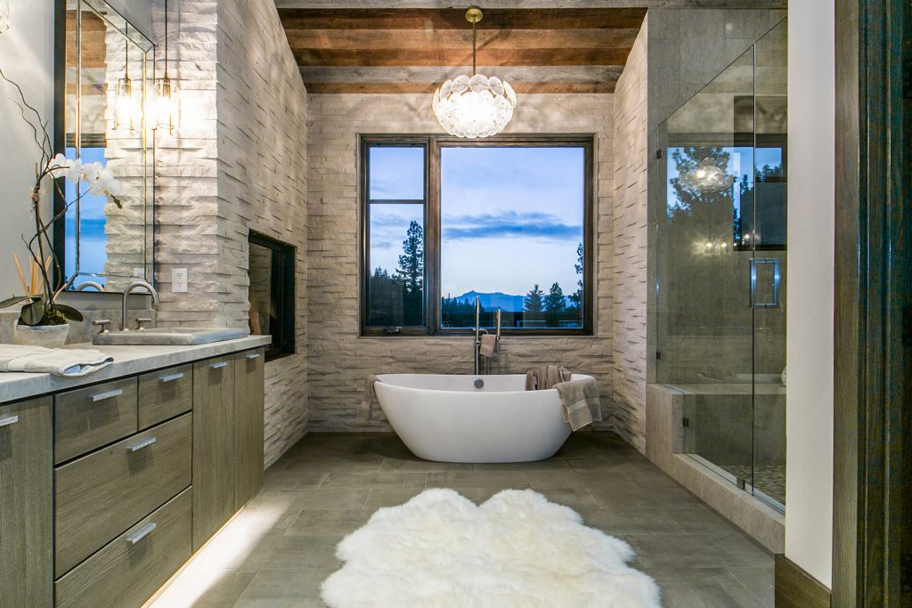 Master-Bathroom_high_2550080