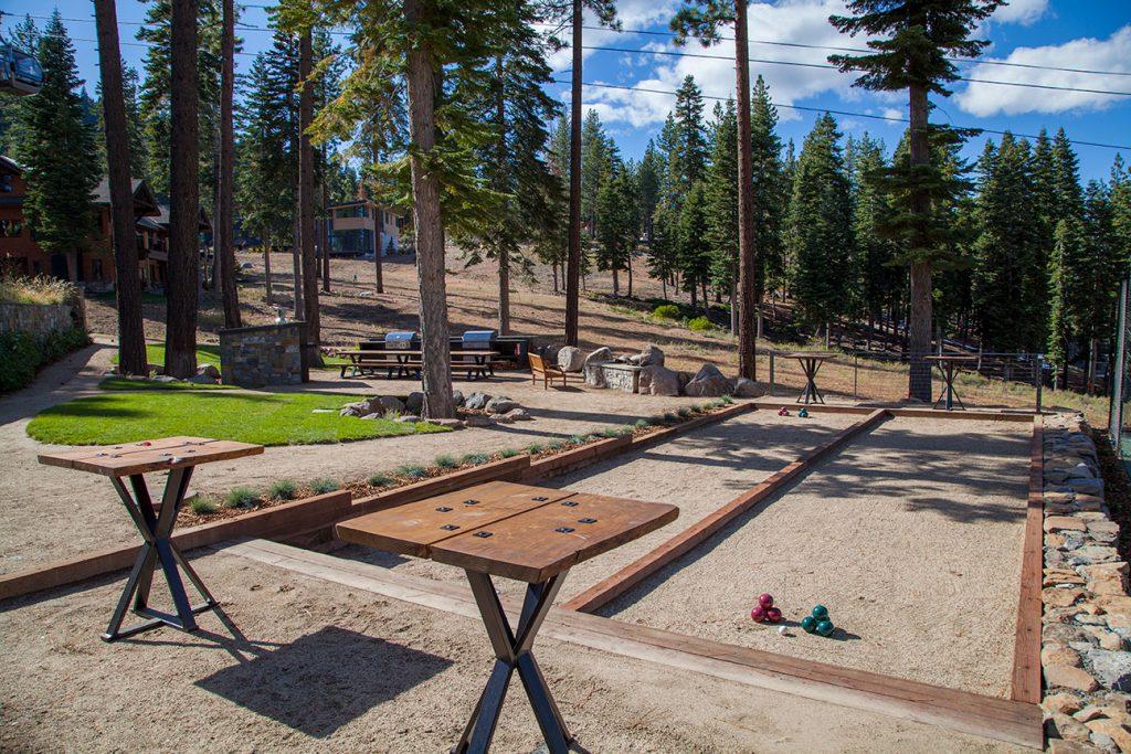 tree-house-backyard-6