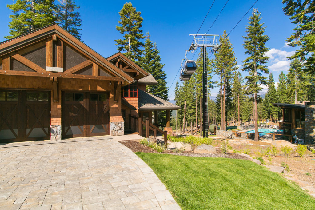 Lake Tahoe Truckee luxury real estate townhomes exterior driveway