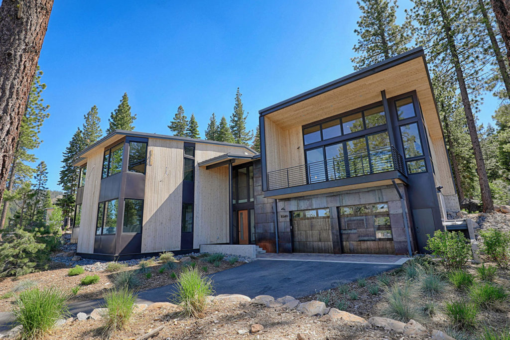 boulders-custom-homesites-gallery-outside-3